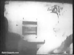 Dos amigas se pusieron a jugar frente a la webcam