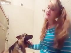 Angel canina debutante