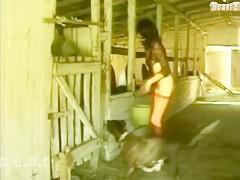 Follando gallina sin limpiar